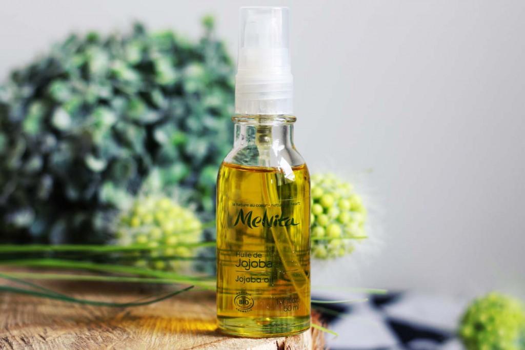 L'Huile de Jojoba hydratante de Melvita pour des cheveux sains et brillants